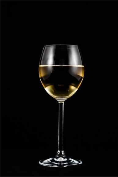 a-glass-of-wine-wine-alcohol-glass-60566.jpeg